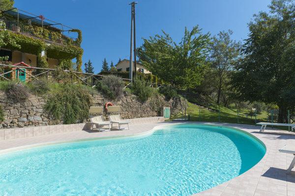piscina privata umbria