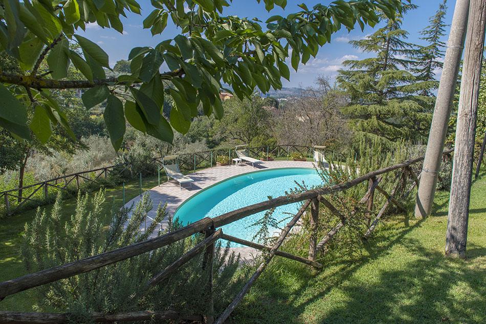 Il poggio appartamenti affitto con piscina agriturismo a perugia - Appartamenti in montagna con piscina ...